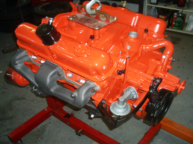 1970-dodge-dart-swinger-engine